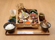 2,480日元组合餐 (8道菜)