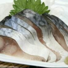 醋青花鱼(生鱼片)