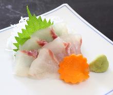 现杀活鲷鱼(生鱼片)
