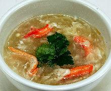 蟹肉鱼翅汤