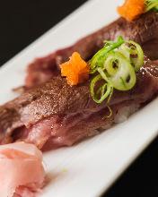 牛肉手握寿司