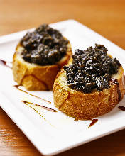 黑橄榄蒜香吐司