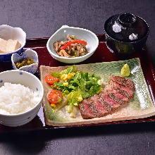 2,200日元组合餐