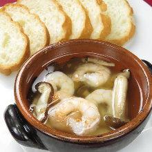 西班牙蒜香虾仁蘑菇