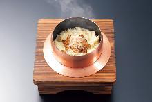 花椒小鱼和豆皮锅饭