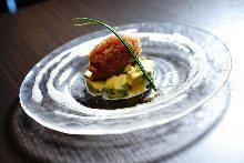 塔塔酱拌腌制金枪鱼和牛油果
