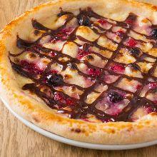 巧克力浆果披萨