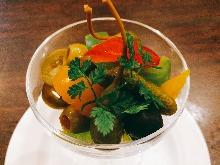 橄榄腌西式咸菜
