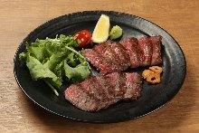 2种肉排拼盘