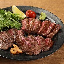 3种肉排拼盘
