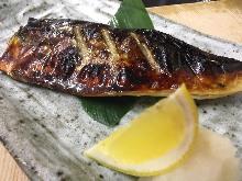盐烤青花鱼