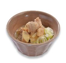 炖煮内脏豆腐