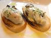 牡蛎的拱佐洛拉起司酱汁 吐司