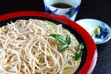 蒸籠蕎麥冷麵