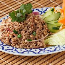 香辛煎米絞肉沙拉
