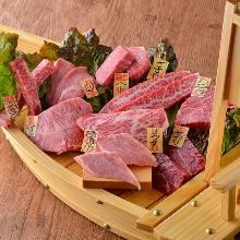 每日更換肉類拼盤