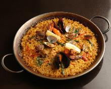 海鮮雞肉西班牙燉飯