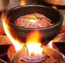 炙烤牛肉蓋飯