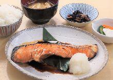 照燒鮭魚御膳套餐