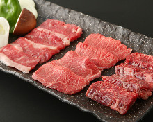 3種燒牛肉拼盤加烤蔬菜