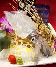 活魷魚生魚片