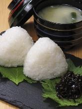 飯糰(附味噌湯)