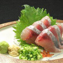 竹莢魚(生魚片)