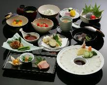 15,528日圓套餐 (12道菜)