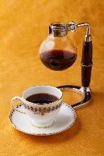 季節的咖啡的頂部