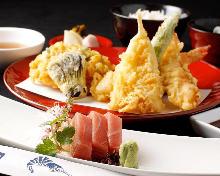 配生魚片的天婦羅套餐