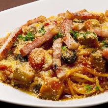 鮮蔬茄汁義大利麵