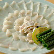 薄切河豚生魚片