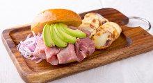 烤牛肉三明治