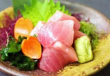 生鮪魚切塊