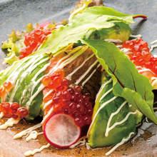 鮭魚美乃滋酪梨