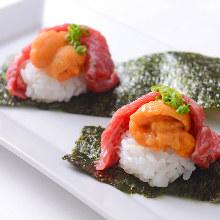 海膽和牛壽司捲