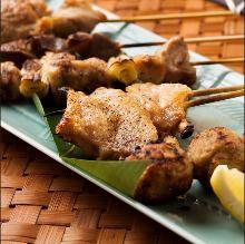 8種雞肉串燒拼盤