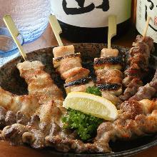 烤雞串(鹽或者醬汁)