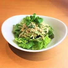鮪魚香菜沙拉