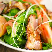 培根菠菜沙拉