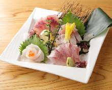 每日更換5種生魚片拼盤