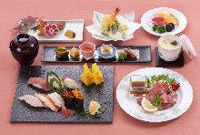 生魚片、壽司、天婦羅御膳套餐
