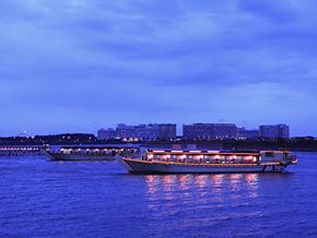 屋形船(日本的遊船)