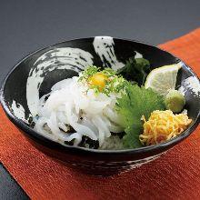 生魚片拌飯