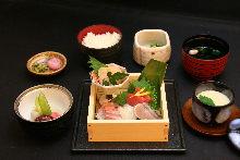 生魚片套餐