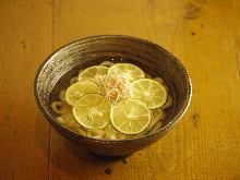 酢橘清湯烏龍麵