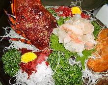 整隻魚生魚片