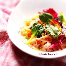 鮮蝦蔬菜奶油義大利湯麵