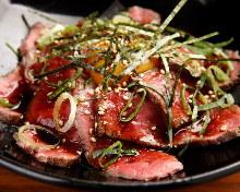 生拌三分熟肉排