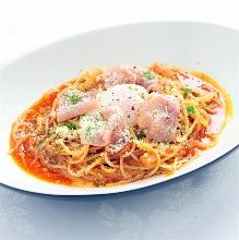 培根番茄辣醬義大利麵